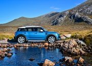 Wallpaper of the Day: 2017 Mini Countryman - image 693039