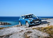 Wallpaper of the Day: 2017 Mini Countryman - image 693069