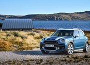 Wallpaper of the Day: 2017 Mini Countryman - image 693099