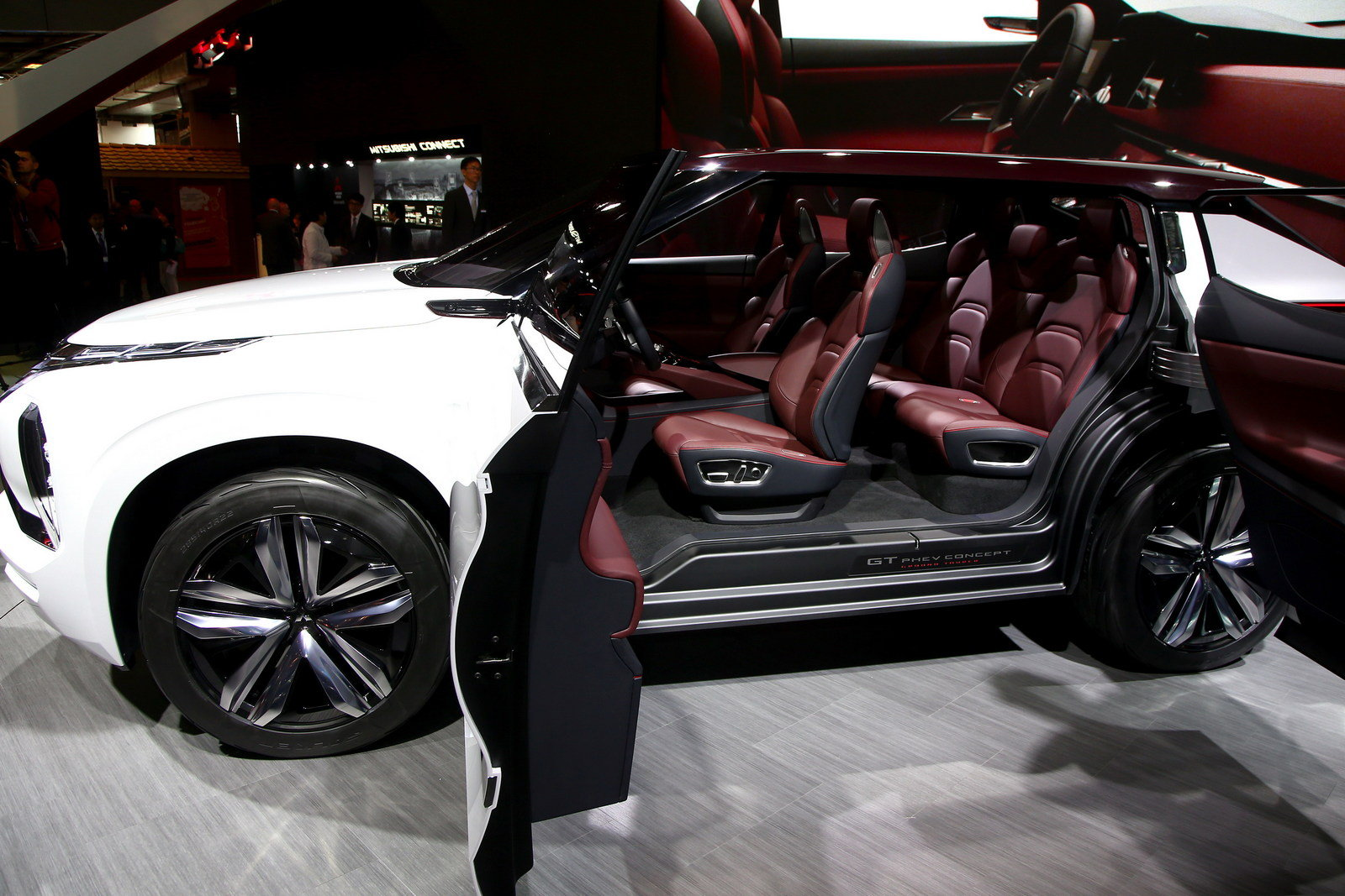 Cool 2016 Mitsubishi GTPHEV Concept  Picture 691182  Car