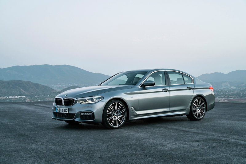 2017 BMW 5 Series High Resolution Exterior - image 691791