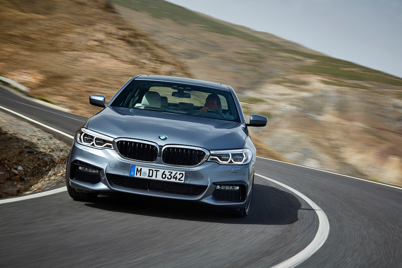 2017 BMW 5 Series High Resolution Exterior - image 691788