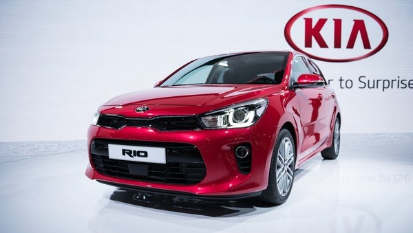 2017 kia rio review top speed. Black Bedroom Furniture Sets. Home Design Ideas