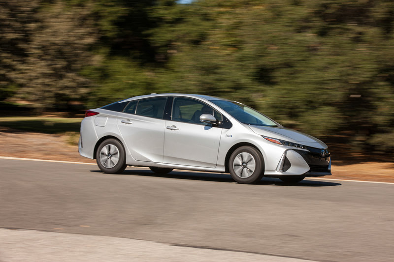 2017 Prius Prime Offers Fancy Interior Tech And Lots Of Miles