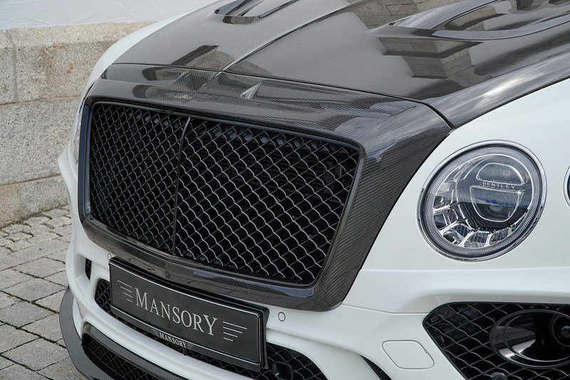 2017 Bentley Bentayga by Mansory