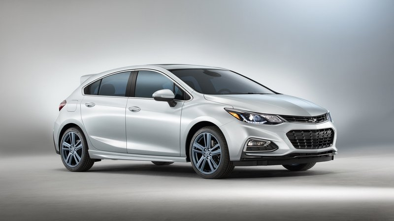 2017 Chevrolet Cruze RS Hatch Blue Line