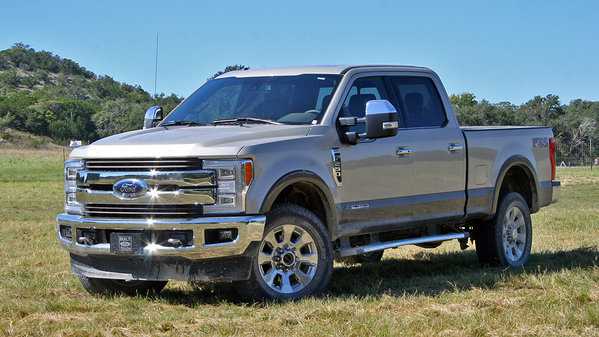 first impressions 2017 ford super duty truck review top speed. Black Bedroom Furniture Sets. Home Design Ideas