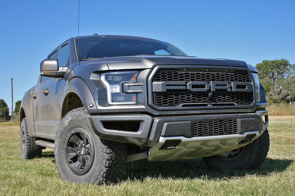 first ride 2017 ford f 150 raptor picture 691838 truck news top speed. Black Bedroom Furniture Sets. Home Design Ideas