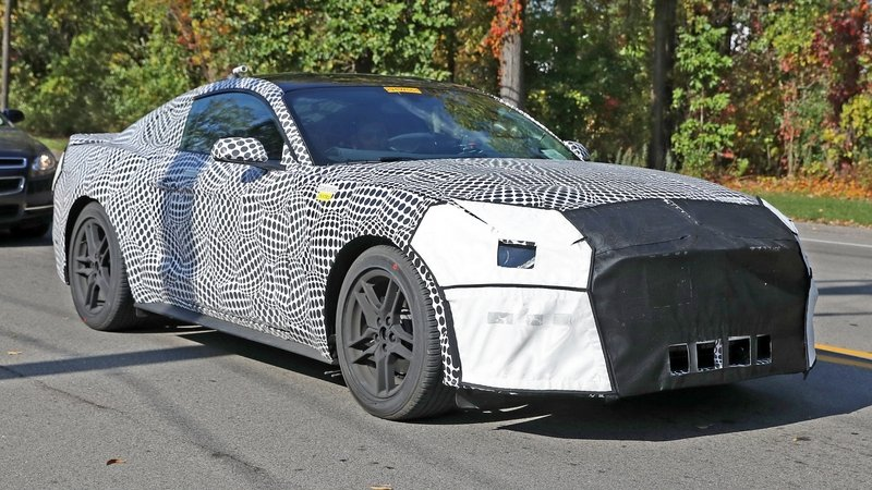 2018 ford mustang - DOC692374