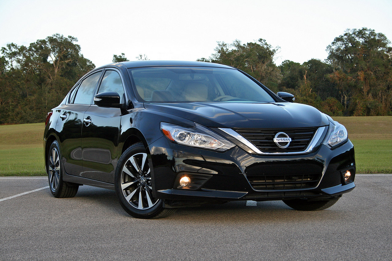 2016 nissan altima driven picture 693519 car review top speed. Black Bedroom Furniture Sets. Home Design Ideas