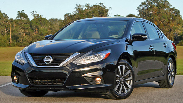 Nissan Cars - Specifications, Prices, Pictures @ Top Speed