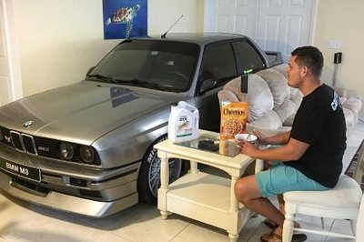 Man Parks His E30 M3 In His Living Room To Protect It From Hurricane Matthew