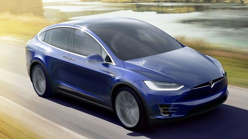 Tesla Quietly Drops Model X 60D from its Lineup