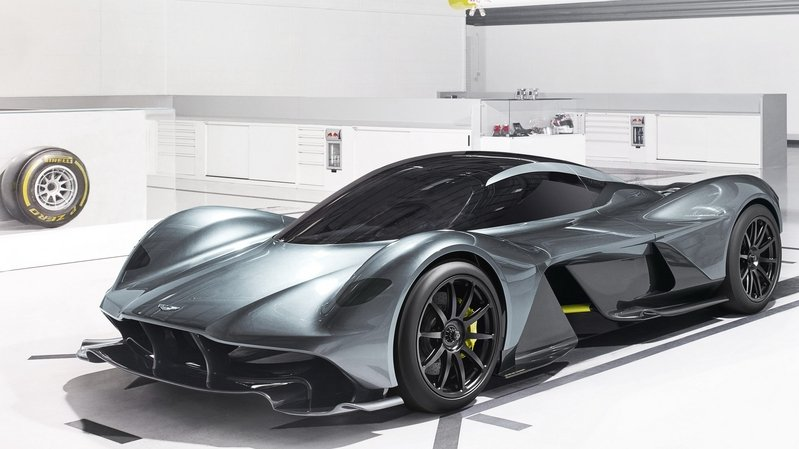 The Aston Martin AM-RB 001 Can Reportedly Hit 200 MPH in just 10 Seconds