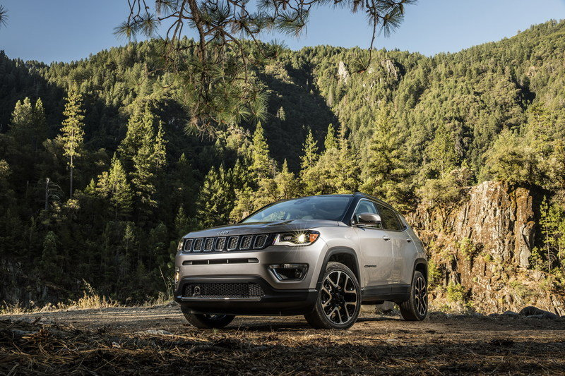 2017 Jeep Compass Arrives In L.A. with Grand Cherokee-inspired Design and Trailhawk Model High Resolution Exterior - image 696019
