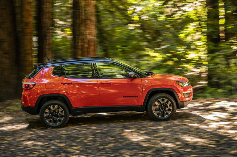 2017 Jeep Compass Arrives In L.A. with Grand Cherokee-inspired Design and Trailhawk Model High Resolution Exterior - image 696070