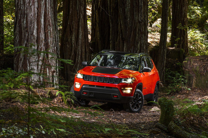 2017 Jeep Compass Arrives In L.A. with Grand Cherokee-inspired Design and Trailhawk Model