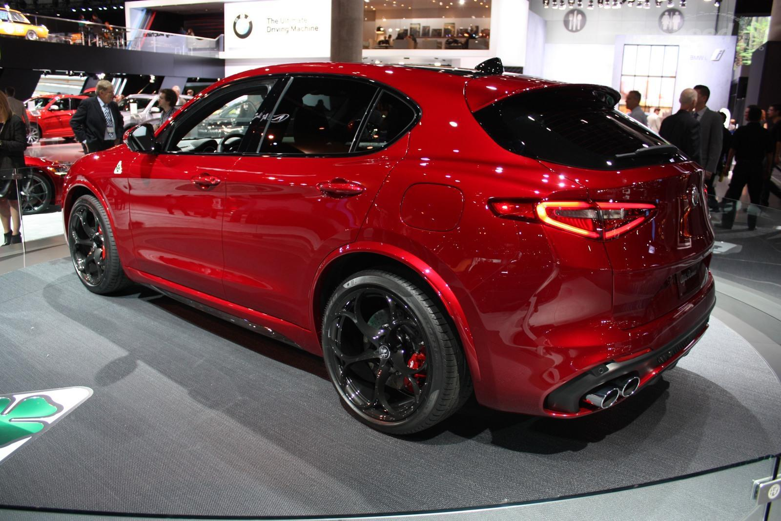 2018 alfa romeo stelvio quadrifoglio picture 696134 car review top speed. Black Bedroom Furniture Sets. Home Design Ideas