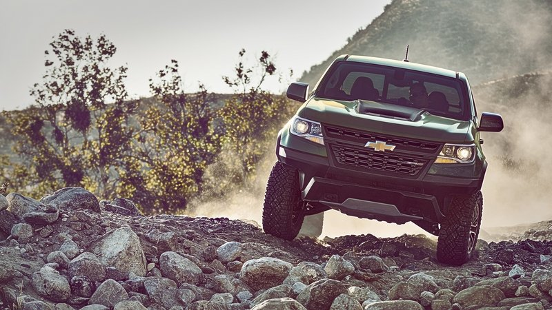 Chevy Colorado ZR2 Takes L.A. By Storm with Supercar Suspension High Resolution Exterior - image 695945