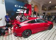 Honda Brings Civic Si Prototype to Los Angeles, Confirms 2017 Launch - image 695740