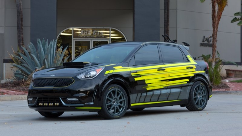 2016 Kia Niro Triathlon