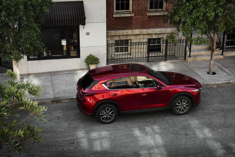 Mazda Redesigns CX-5 for 2017, Gives It CX-9 Features High Resolution Exterior - image 695591