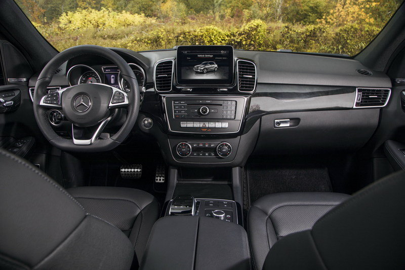 2017 Mercedes-AMG GLE43 High Resolution Interior - image 693893