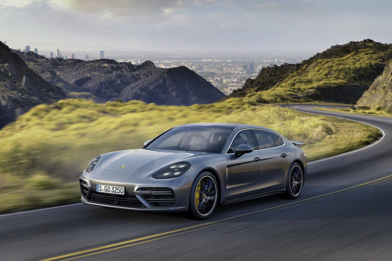 2017 Porsche Panamera Executive High Resolution Exterior - image 694809
