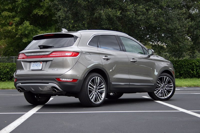 2016 Lincoln MKC – Driven High Resolution Exterior - image 697924