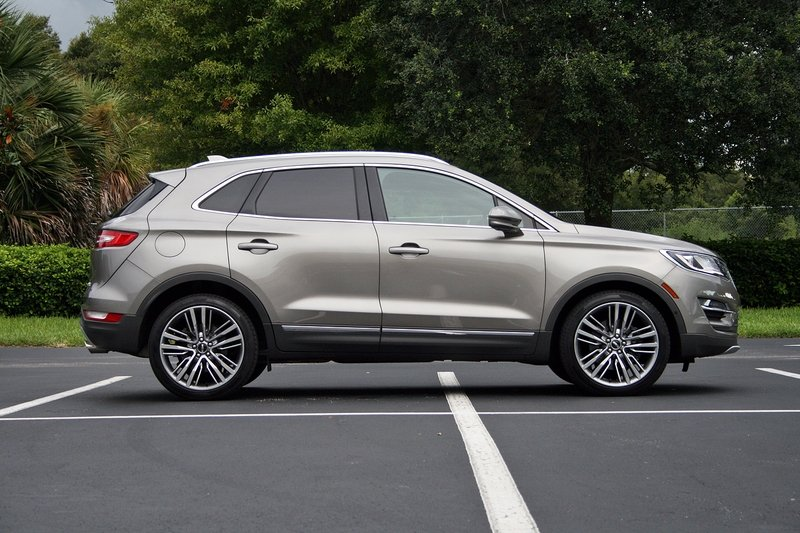 2016 Lincoln MKC – Driven High Resolution Exterior - image 697925