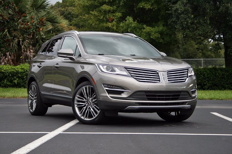 2016 Lincoln MKC – Driven High Resolution Exterior - image 697926