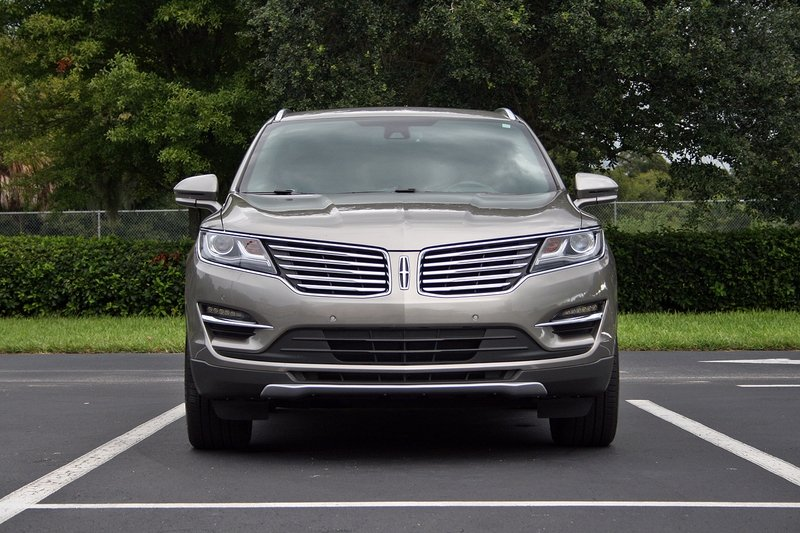 2016 Lincoln MKC – Driven High Resolution Exterior - image 697927