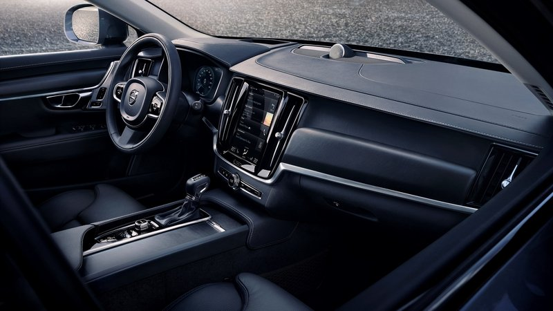 2018 Volvo V90 Cross Country - image 698772