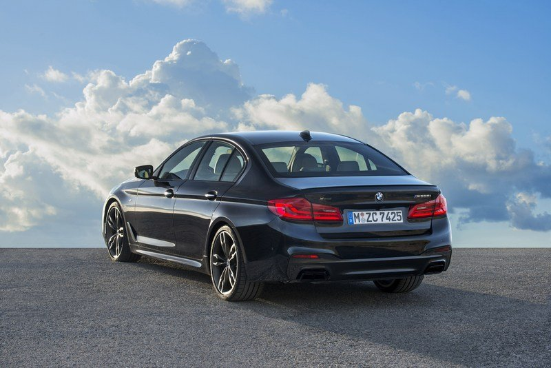 2018 BMW M550i xDrive High Resolution Exterior - image 698856