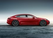 Porsche Panamera Turbo Executive Gets Red For The Holidays - image 699504