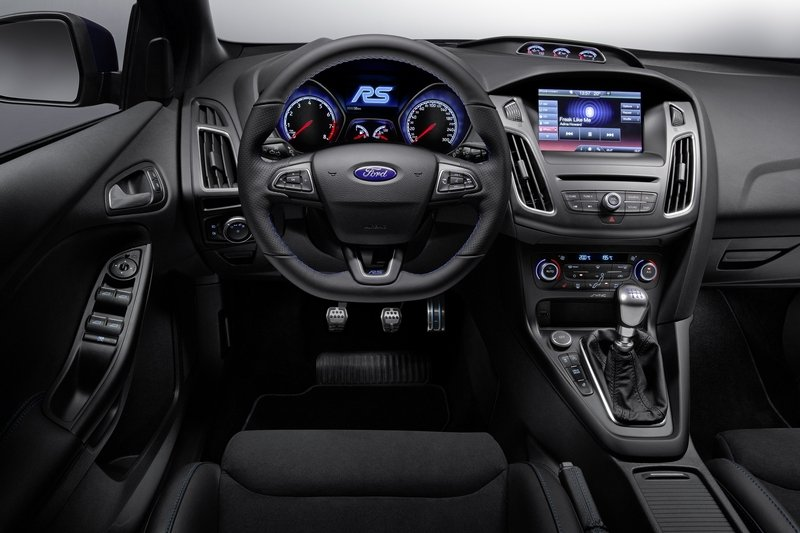 2016 Ford Focus RS - image 702635