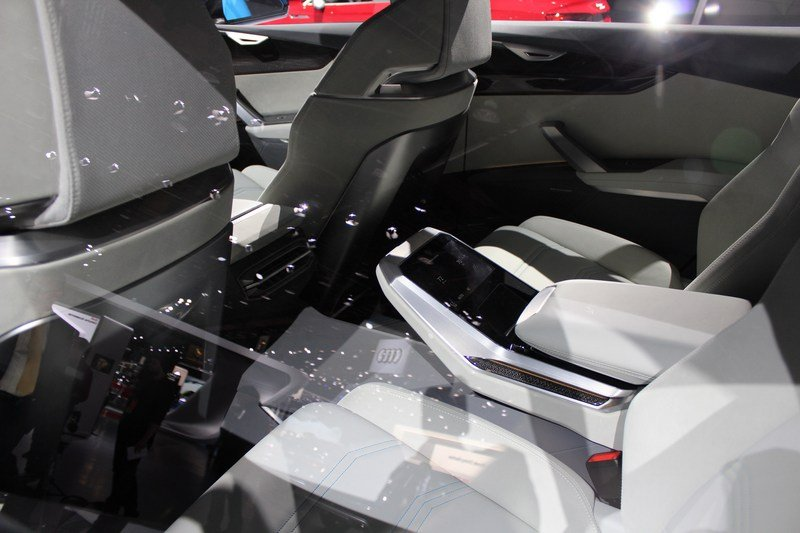 2017 Audi Q8 E-tron Concept High Resolution Interior AutoShow - image 701393
