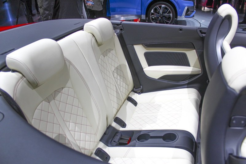 2017 Audi S5 Cabriolet High Resolution Interior AutoShow - image 702585