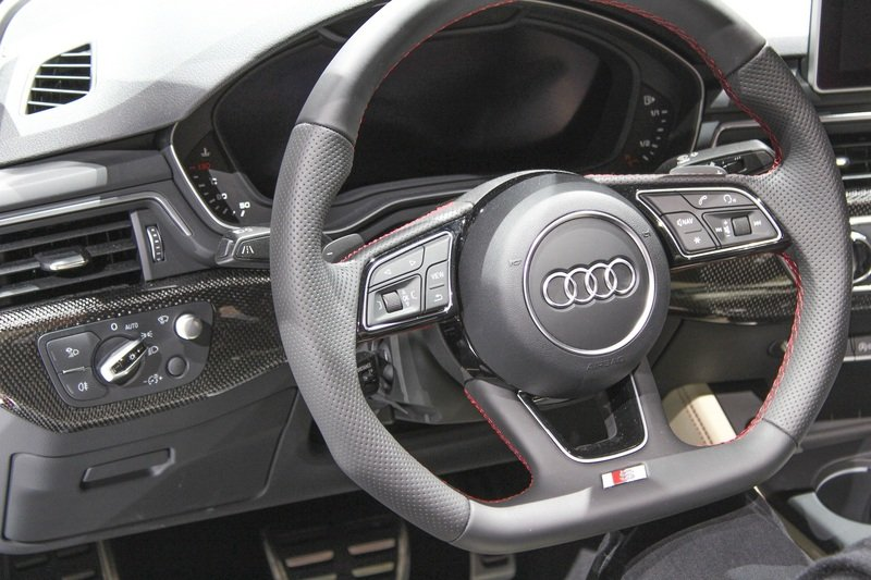 2017 Audi S5 Cabriolet High Resolution Interior AutoShow - image 702593
