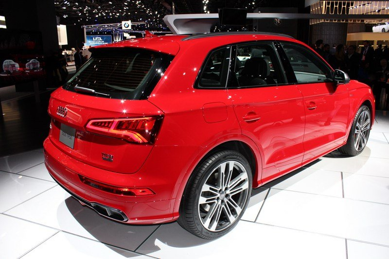 2017 Audi SQ5 High Resolution Exterior AutoShow - image 701097
