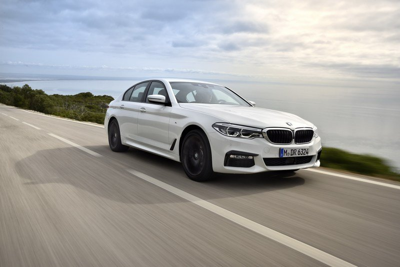 2017 BMW 5 Series High Resolution Exterior - image 703409