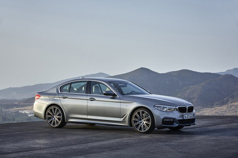 2017 BMW 5 Series High Resolution Exterior - image 703218
