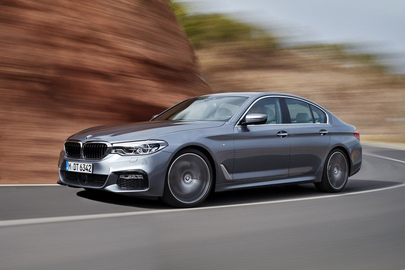 2017 BMW 5 Series High Resolution Exterior - image 703244