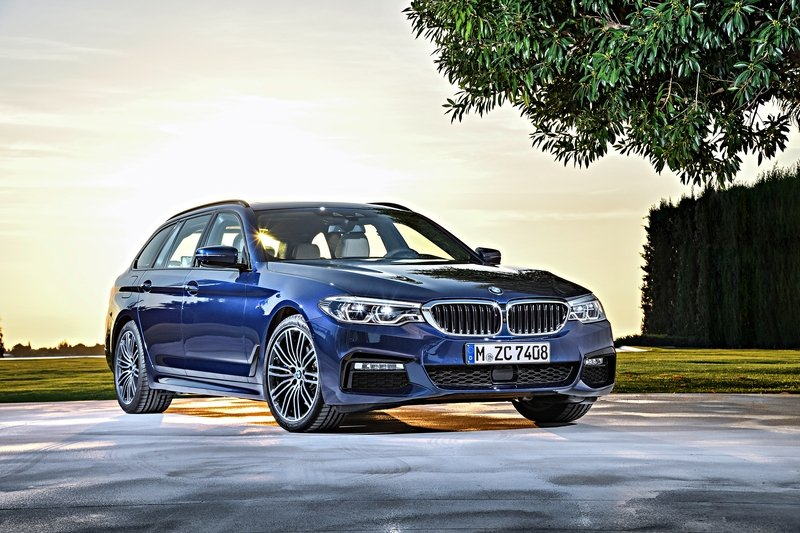 2017 BMW 5 Series Touring Unveiled