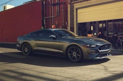 2018 Ford Mustang - image 702254