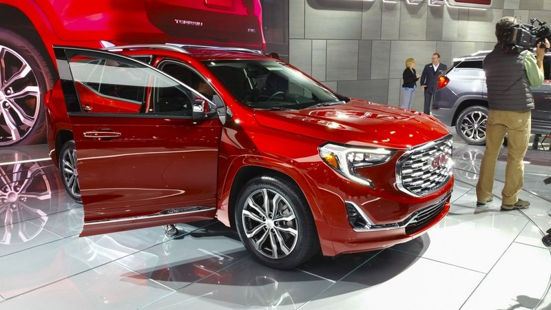 2018 GMC Terrain High Resolution Exterior AutoShow - image 701397