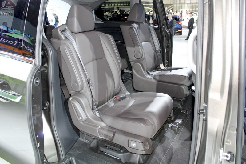 2018 Honda Odyssey High Resolution Interior AutoShow - image 702278