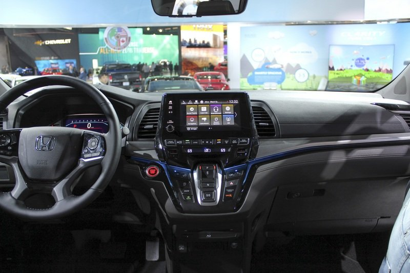 2018 Honda Odyssey High Resolution Interior AutoShow - image 702299
