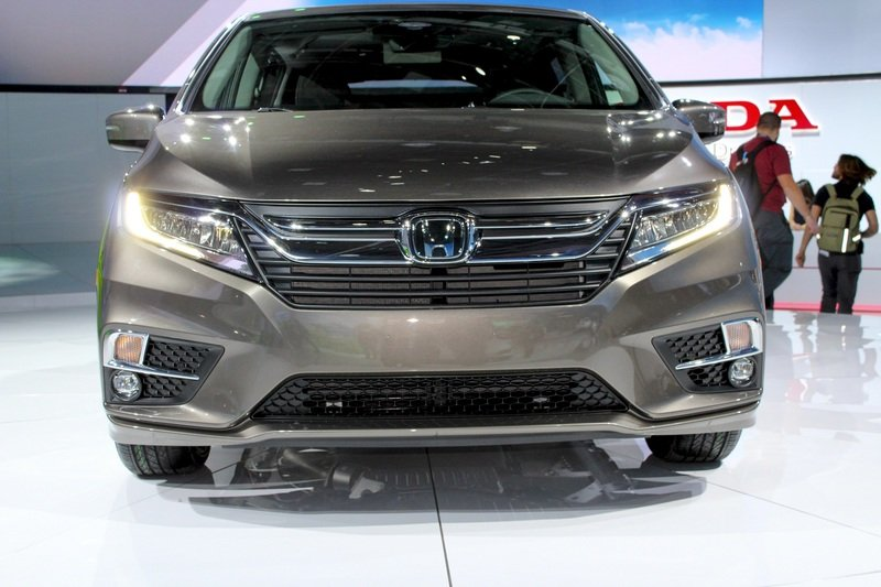 2018 Honda Odyssey High Resolution Exterior AutoShow - image 702259