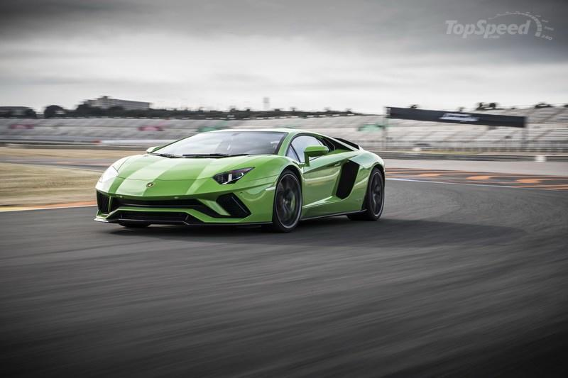 Start Preparing for a World Where Plug-In Hybrid Lamborghinis Exist